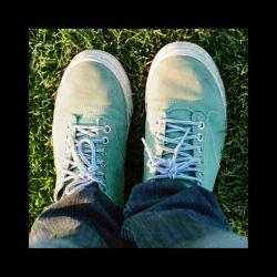 بعضی اوقات پاهایم تورا میخواهند