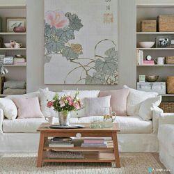 نشیمن سبک گلچین گرایی یک بوم بزرگ و لوازم کنارش در رنگ صورتی گچی مکملی مناسب برای دیوارهای سفید این نشیمن با طرح سنتی است. http://a-one.com/#/show/item/1451  #interiordesign #interior #دکوراسیون_داخلی #دکوراسیون #طراحی_داخلی   برای دیدن فیلم های آموزشی ایوان فیسبوک مارا دنبال کنید: A-ONE  آدرس سایت ایوان : Www.a-one.com