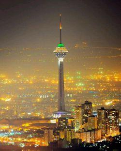 این عکس فوق العاده زیبا از برج میلاد تهران    از بین ۱۰۰ تا عکس گلچین شده