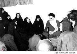 #امام خمینی (ره): اسلام نظر خاصی نسبت به شما زنان دارد. اسلام در زمانی در جزیره العرب ظهور کرد که زنان حیثیت خودشان را از دست داده بودند. اسلام آنان را سربلند و سرافراز کرد.