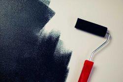 در روی هر سپیدی ، خالی سیاه دیدم /       بالاتر از سیاهی، رنگی دگر نباشد ... !