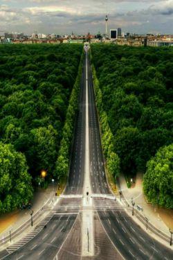 بهترین مسیر زیباترین مسیر است.....          راحل