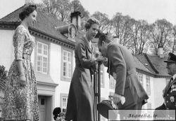عکس تازه منتشر شده از شاه در سفر به دانمارک ، خیرگذاری دویچه وله منتشر کرده