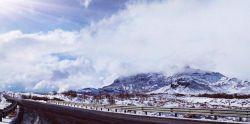 خدایا مرسی...بارش برف جاده سیرجان _کرمان #کوه پنج