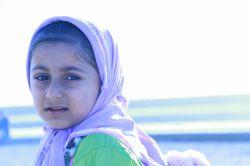 عکاسی خودم:دختر بچه ای در ساحل کرگان
