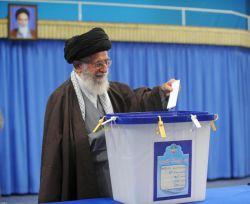 شرکت رهبر انقلاب در انتخابات مجلس شورای اسلامی و مجلس خبرگان رهبری