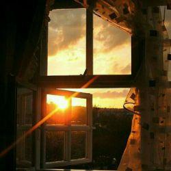 کاش امشب همه ی #پنجره ها وا باشد..تا گل روی تو از #پنجره پیدا باشد...