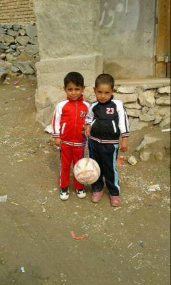 خواهرزاده های دوستداشتنی من در افغانستان