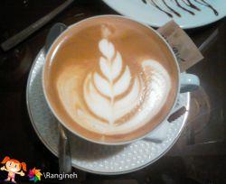 گاهی ی فنجون قهوه توی کافه میچسبه! ^_^
