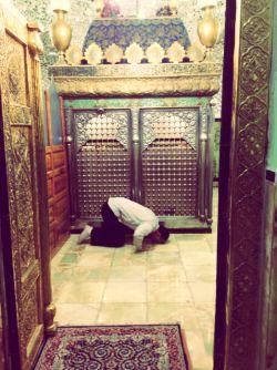 شفاعت ما به كسی كه نماز را سبك بشمارد نمیرسد. امام صادق علیه السلام#امام_صادق