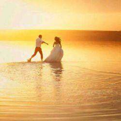 برای داشتنت دلی را به دریا زدم که از آب واهمه داشت