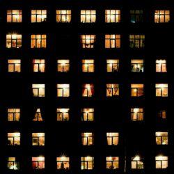براے چراغ همسایہ هم نور آرزو ڪن...  بـےشڪ حوالے خانہ ات روشن تر خواهد شد....