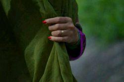 در روز سیزده همه در سبزه زار خوش من روسری سبز تو را آه میکشم #احسان-پرسا ..... سیزدتون مبارک