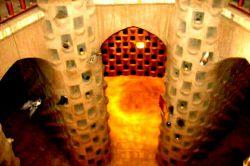 نمایی از داخل برج کبوترخانه