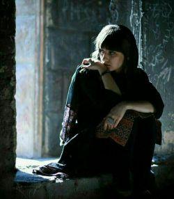 به کسی ندارم الفت ، به جهانیان مگر تو/ اگرم تو هم برانی ، سر بی کسی سلامت...