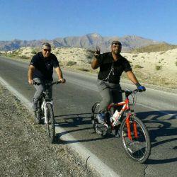 من دوستم تمرین دوچرخه