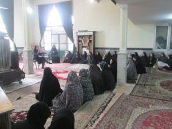 جلسه آموزشی آسیب های خانواده و اجتماع برای والدین در روستای گوارشک  توسط خانم زاهد . کارشناس ارشد روانشناسی