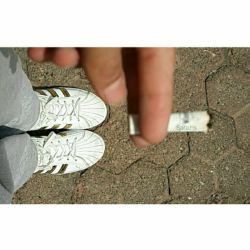 میگن آدمو #سیگار اروم میکنه ... قد ی #سیگارم نبودم ): #photo_by_me