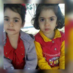 دوستان کدوم از این دو بچه خوشگلتره.سمت راستی یاسمت چپی