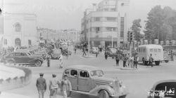 عکس بسیار نایاب و با کیفیتی از میدان سپه (توپخانه) و خیابان ناصرخسرو - تهران، اوائل دهه بیست خورشیدی (حدودا ۱۳۱۹ تا ۱۳۲۴ ش)