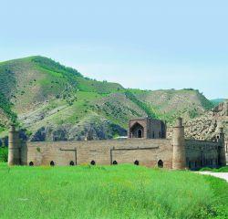 مدرسه کریم ایشان مراوه تپه در استان گلستان