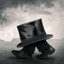 به جای آنکه قصه هایی برای          فرزندانمان بگوییم           که به خواب بروند  سعی کنیم قصه هایی بگوییم           که بیدار شوند...