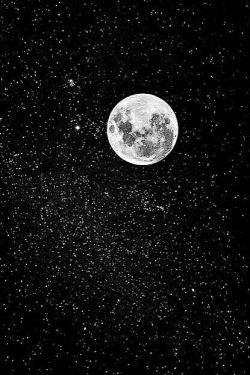 عاشق باشی  شب هم زیباست ستاره هم زیباست... آسمان رنگ دیگری دارد  ماه هم عاشق است  شب رویایی ست  برای عاشق بودن بهانه پیدا می شود  امشب من اندازه ی تمام دوستت دارم های مجنون  لیلی ام.....