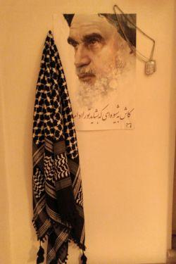 امام مهربانی ها... #پلاک #چفیه کربلایی... ی قسمت از دیوار اتاقم...^_^