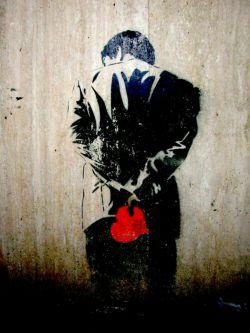 قلبم که رو به راه شود ؛ زخم هایش اگر خوب شود ؛ دوباره راه می افتم ... عشق ؛ مرا از تمام سربالایی های نیامدنت بالا می برد !!! من این پیچ و خم های ؛ به تو نرسیدن را هم ؛ دوست دارم ...