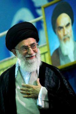 رهبرم زیباترین جانباز دنیاست....روزت مبارک رهبرم