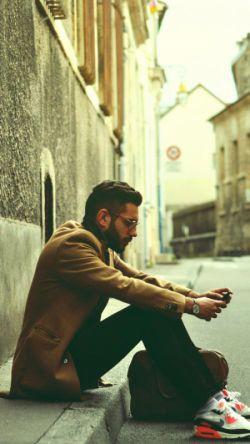 هیچکس هم صحبت تنهایی یک مرد نیست ... خانه من با خیابان ها چه فرقی می کند ... فاضل نظری