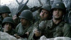 کاپیتان:نترسین برین جلو خدا با ماست سرباز: کاپیتان اگه خدا با ماست پس کی با اوناست که دارن مارو تیکه پاره می کنن؟!!