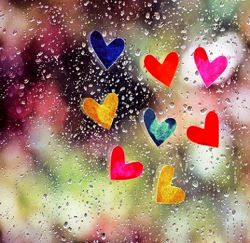 گفته بودند: از پس هر گریه، آخر خنده ایست  این سخن بیهوده نیست...  زندگی مجموعه ای از اشک و لبخند است  خنده ی شیرینِ فروردین  بازتابِ گریه ی پربارِ اسفند است... سلااااام