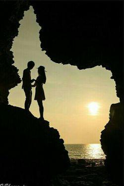 لازم نیست مــــرا دوست داشته باشی من تو را به اندازهی هـــــر دومان دوست دارم ...،!؟