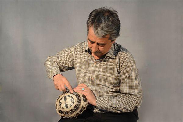معرفی اساتید هنرهای سنتی و صنایع دستی استان زنجان در قاب استند - 22 خرداد 1395