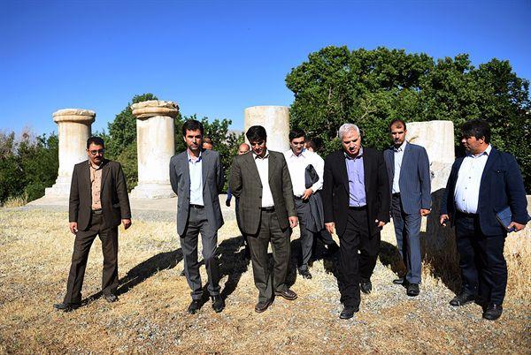 بازدید معاون میراث فرهنگی کشور از محوطه جهانی بیستون و معبد آناهیتا - 26 خرداد 1395