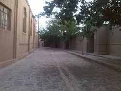 کوچه پشت حسینیۀ روستای ریاب