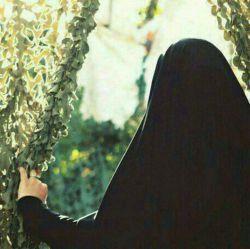 بانو…!در  شب احیا نمیگویم علی(ع) را دوست بدار…نه اصلا((لااکراه فی الدین))(هیچ اجباری در دین نیست)فقط به احترامش شمشیر آرایشت را مقابل نامحرم قلاف کن!