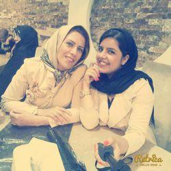 khoshali yani ye momi naze dashte bashi♥♥