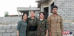 عکس زنان و دختران ایزدی در جنگ با گروه تروریستی داعش بازیگرنما:زنان و دختران ایزدی در کنار مردان، خود را برای جنگ با عناصر داعش آماده می کنند. در ادامه با جزئیات خبر و عکس هایی از زنان و دختران ایزدی که خود را برای جنگ با داعش آماده می کنند با شما هستیم. ادامه خبر و عکس ها در لینک زیر   http://bazigarnama.com/3079/photos-yazidi-girls-women-fight/