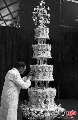 کیک تولد ملکه انگلیس :|