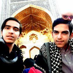 اردو زیارتی سفر به آسمان هشتم  مشهد مقدس  گروه سرود عاشقان ولایت . . . . من و رفیقم همین الان یه هویی