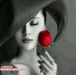 و خداوند             دختر را آفرید    تا گل ها بی نام ، نمانند...