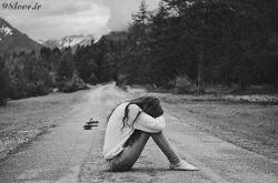 """دیشب با خدا دعوایم شد;با هم قهر کردیم...  فکر کردم دیگر مرا دوست ندارد.  رفتم گوشه ای نشستم.  چند قطره اشک ریختم و خوابم برد.  صبح که بیدار شدم, مادرم گفت:  """"نمیدانی از دیشب تا صبح چه بارانی آمد"""""""