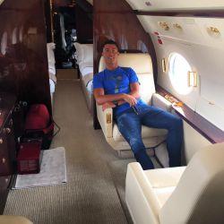 رونالدو درون هواپیمایی زیبا