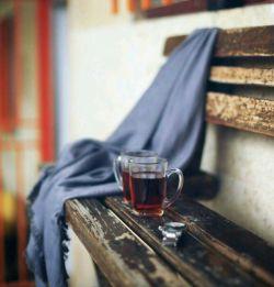  و چای دغدغه ی عاشقانه ی خوبیست برای با تو نشستن بهانه ی خوبیست سلام... صبح بخیر!