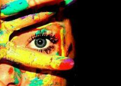 هیچکس نخواهد فهمید  در زندگی هر آدمی  یک نفر هست که  دوست داشتنی ترین پنهان است