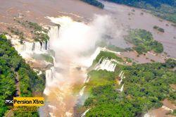 آبشار ایگوآزو - Iguazu  عکس های هوایی که آب و تاپ تصرف طبیعت را نشان می دهد  ادامه مطلب و در وب سایت پرشن ایکسترا http://persianxtra.ir/?p=529