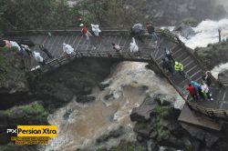 آبشار ایگوآزو - Iguazu  به بازدید کنندگان در مورد این که در این راه خیس می شوند اطلاع رسانی می کنند  ادامه مطلب و در وب سایت پرشن ایکسترا http://persianxtra.ir/?p=529