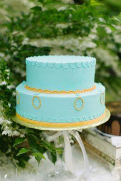 برای نامزدی خیلی کیک مناسبیه www.aroosbarun.ir
